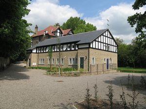 Oakwood Grove Leeds