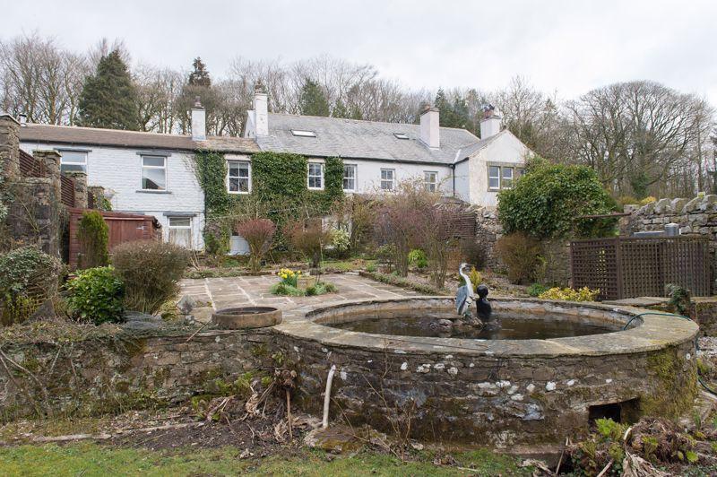 Low Greenfield Formal Garden
