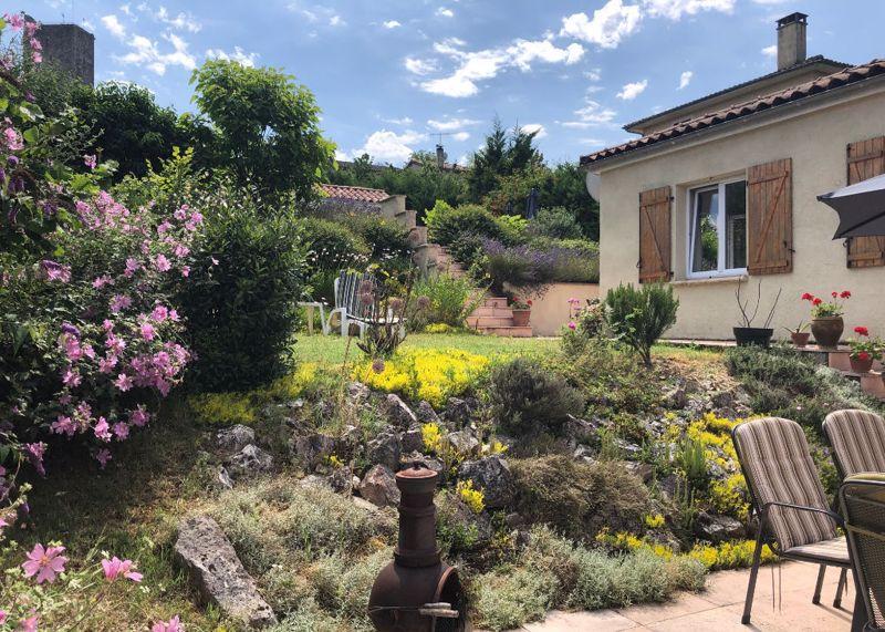 Montcuq en Quercy Blanc