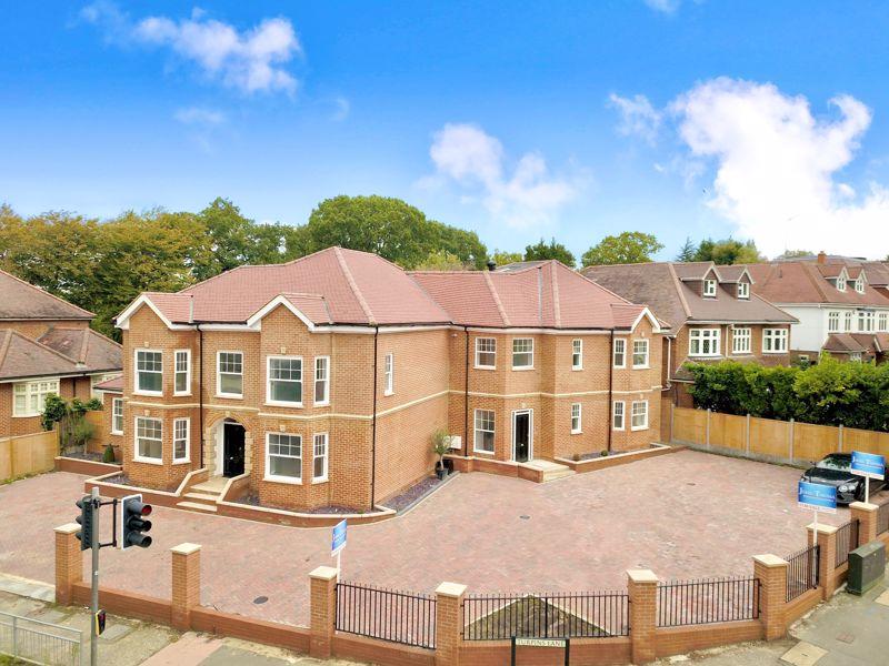 Mayfair Court, Manor Road