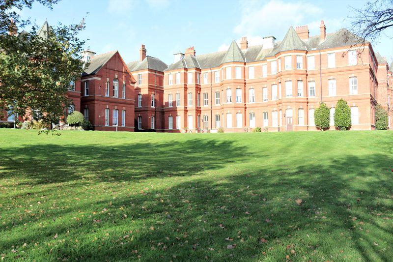 Devonshire House Brandesbury Square