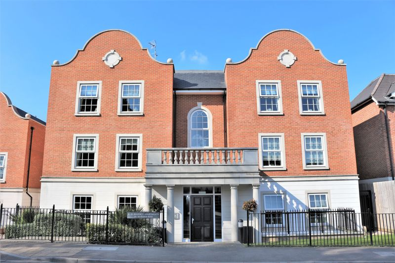 Regency Apartments, 114 - 118 Manor Road