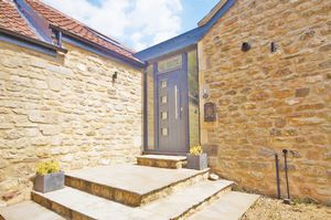 53a Dallimore Lane Dean