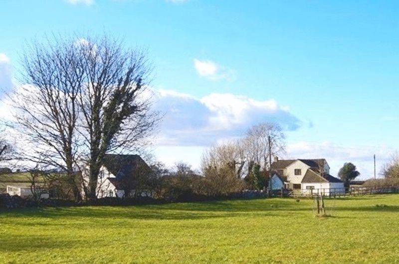 Redhill Lane Emborough