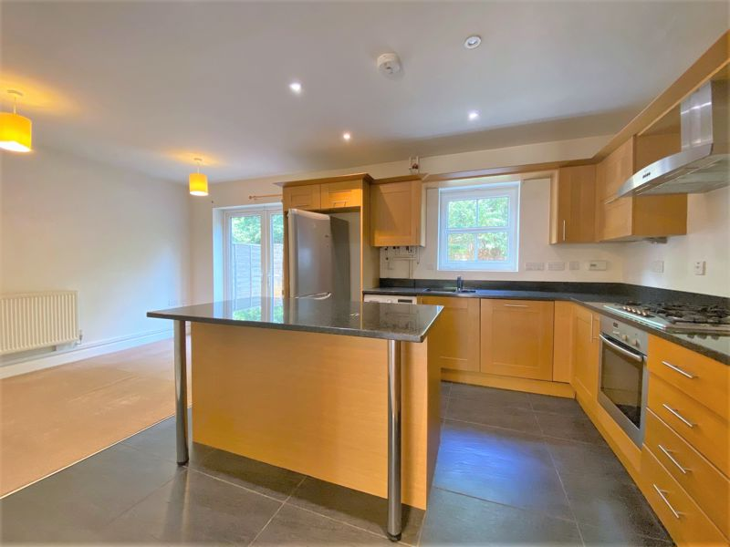 Reris Grange Close Milford