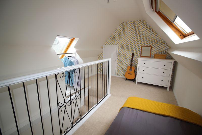 BEDROOM 4 / LOFT ROOM