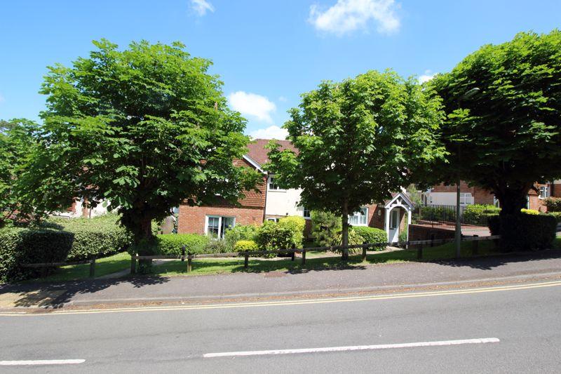 Windrushes Grange Road
