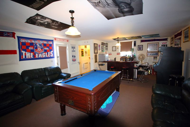 GAMES ROOM / OFFICE FROM HOME