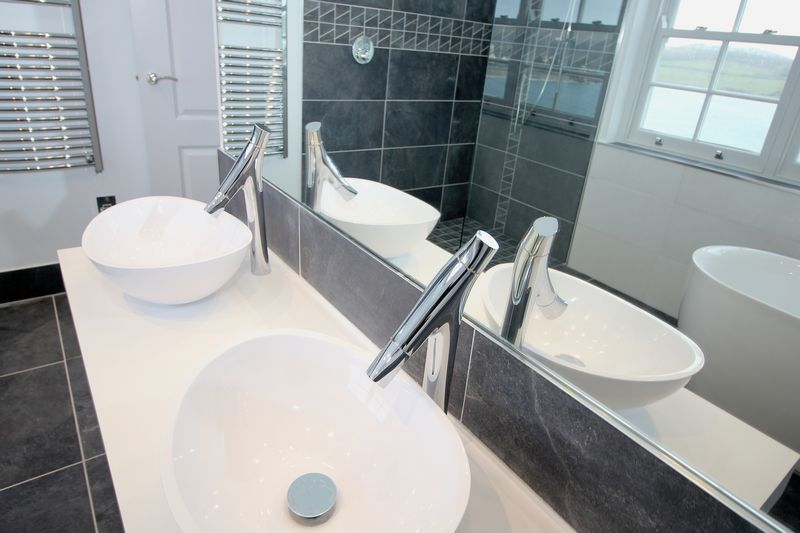 Master Bed Ensuite Basins