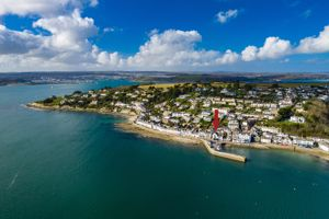 Commercial Road St. Mawes