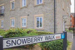 Snowberry Walk St George
