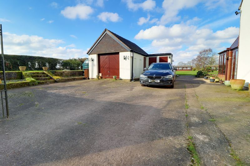 Driveway & Detached Garage