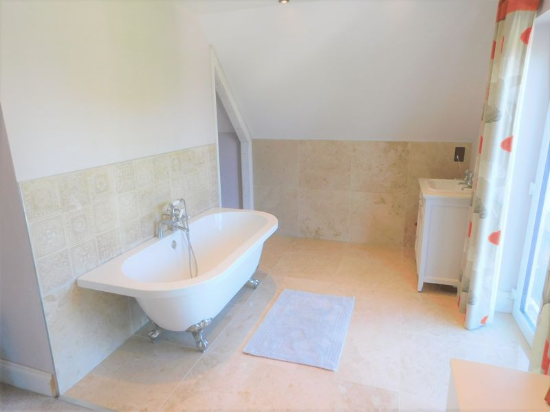 Open Plan En-Suite