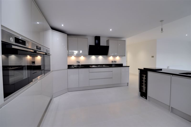Open Plan Kitchen, Dining & Family Room