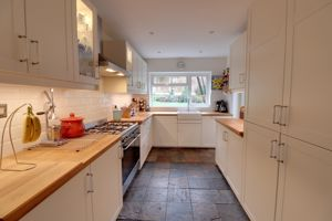 Open Plan Dining Kitchen & Family Room
