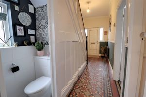 Entrance Hall & Guest WC