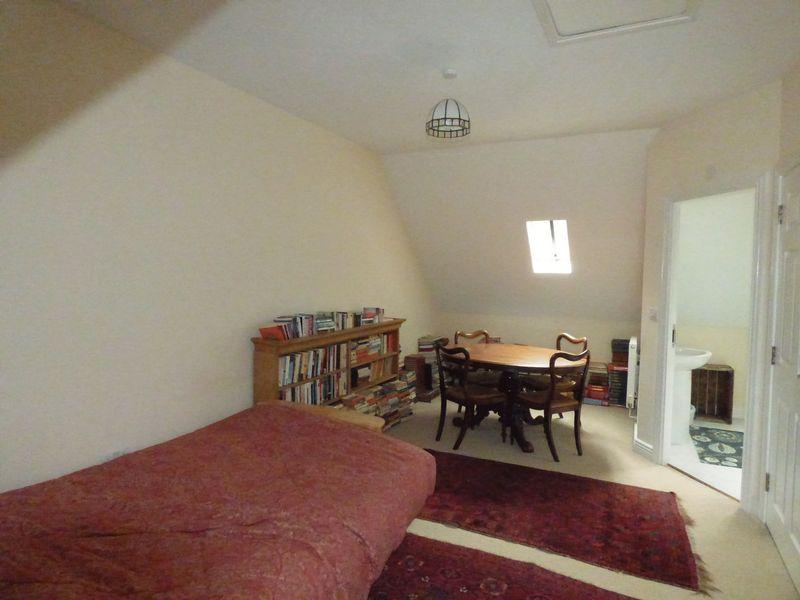 Attic Room/Bedroom 4