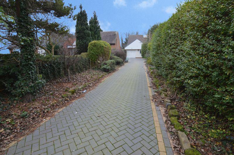 Mill Hill Lane