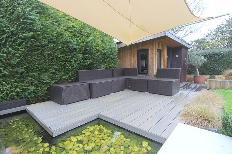 Home office  deck