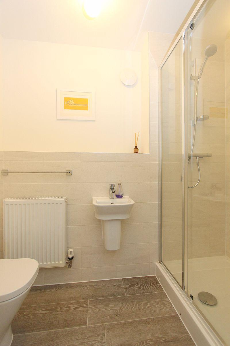 Cloakroom / shower room
