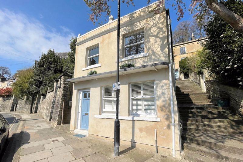 Upper Camden Place