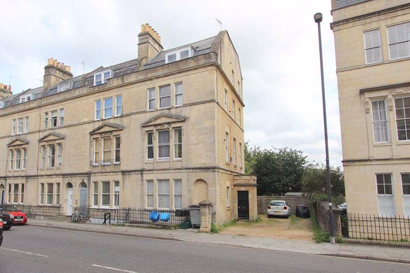 8 Bathwick Street