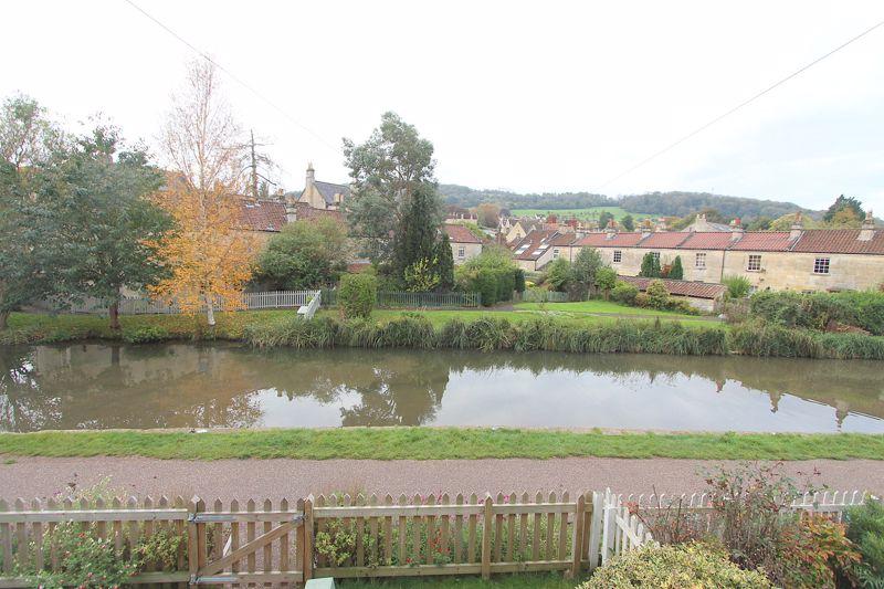 Canal Terrace Bathampton