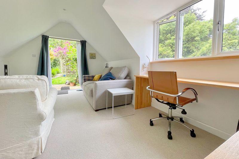 Annexe/studio/family room