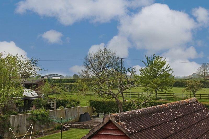 Woodmarsh North Bradley