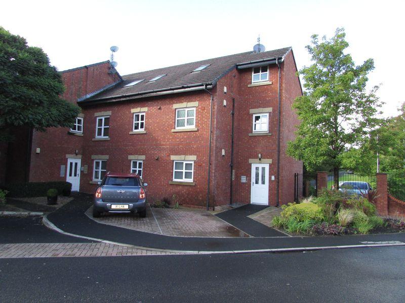 Burns Court, Hollin Lane Bamford