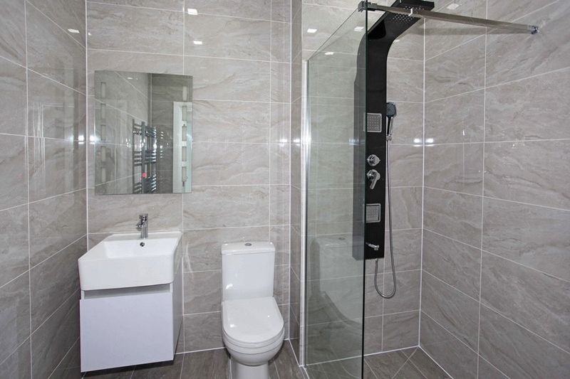 Apartment 45 Sapphire House Stafford Park 10