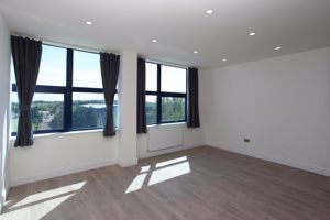 Apartment 119  Sapphire House Stafford Park 10