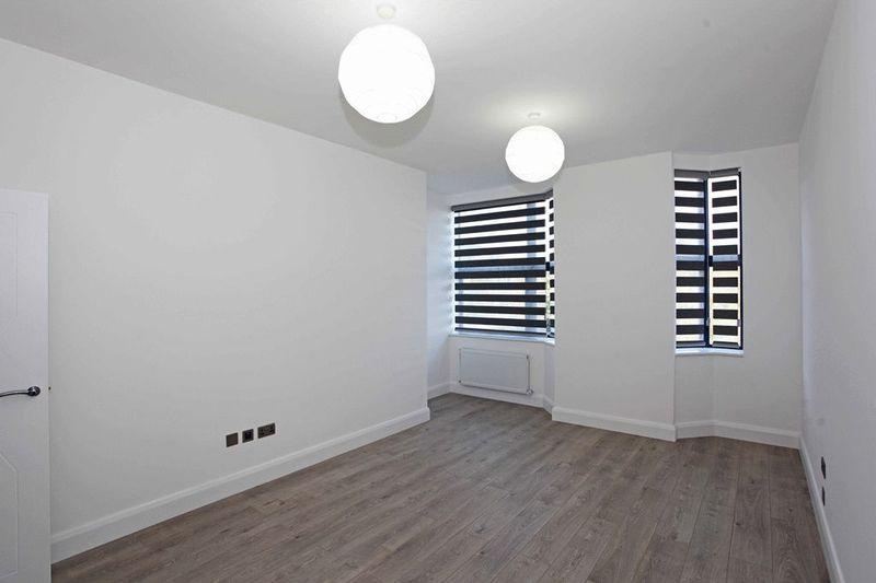 Apartment 15 Sapphire House Stafford Park 10