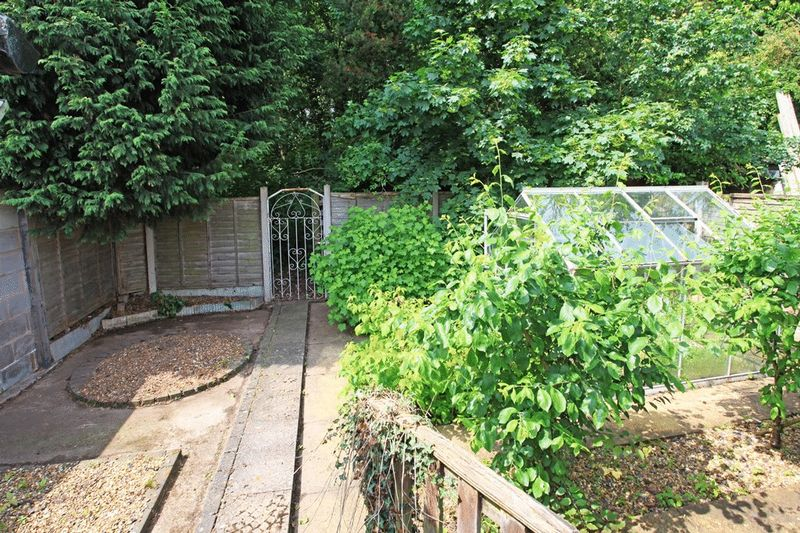 Hadley Gardens Leegomery