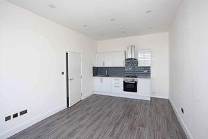 Apartment 28 Sapphire House Stafford Park 10