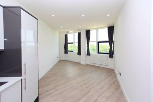 Apartment 130  Sapphire House Stafford Park 10
