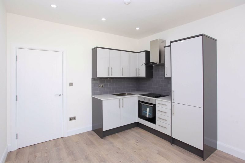 Apartment 128  Sapphire House Stafford Park 10