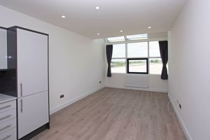 Apartment 127  Sapphire House Stafford Park 10