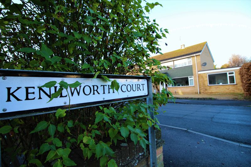 Kenilworth Court
