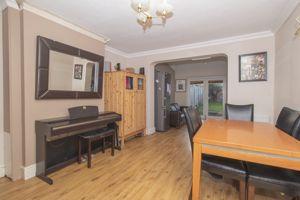 Beresford Close Saltford
