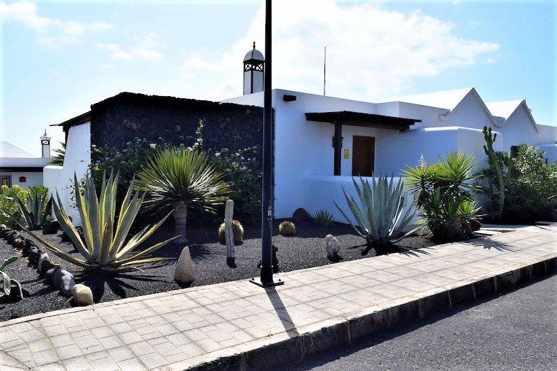 Calle Lanzarote Carlos Park