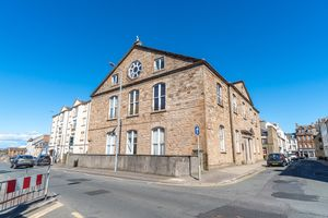 Cathcart Street Cathcart Court