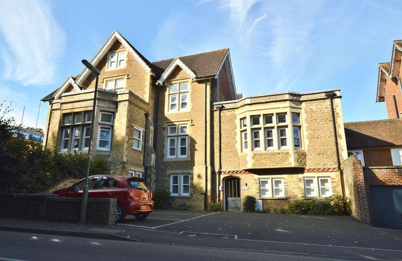 18 Brighton Road