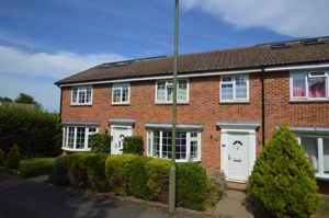 Chichester Close Witley