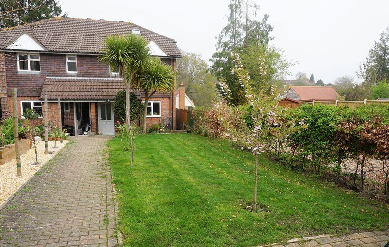 Roselands Gardens Highfield