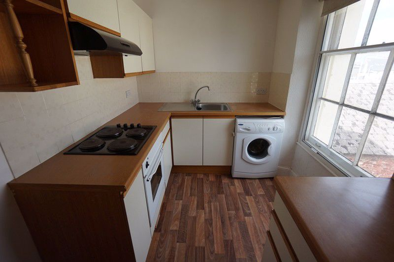 76B Winner Street - KITCHEN