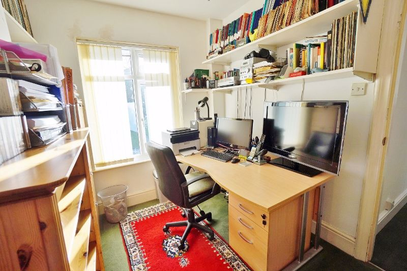 Office/Bedroom 4