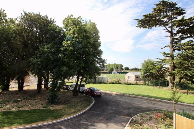 Woodside Drive Almondsbury