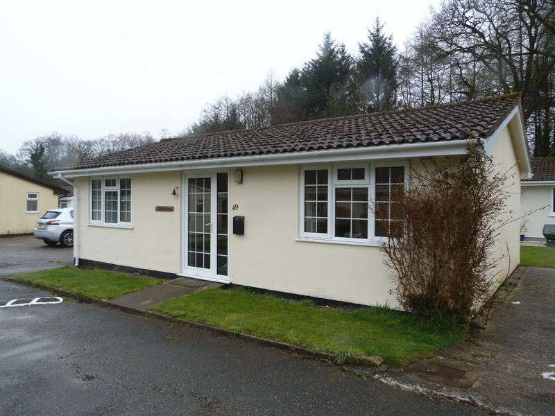 Rosecraddoc Lodge Holiday Bungalows