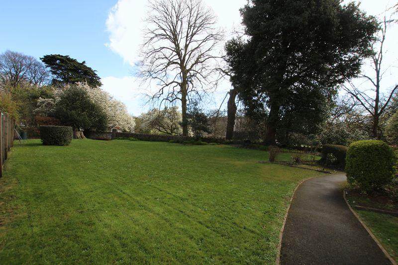 Trelorrin Gardens Mannamead